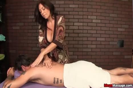 Скриншот для БДСМ порно видео №187 бесплатно и в отличном качестве 1