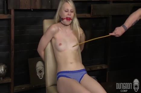 Сочное фетиш порно видео с ненасытными телочками №2081