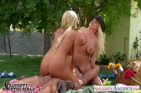 Скриншот для Секс красоток блондинок во всех позах бесплатно №3506 4
