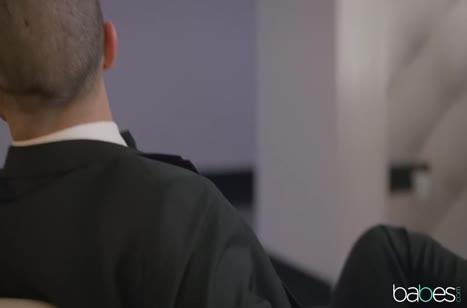 Скриншот для Горячая блондинка шпилится до громких стонов и оргазма №3511 1