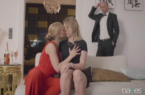 Скриншот для Горячая блондинка шпилится до громких стонов и оргазма №3511 3
