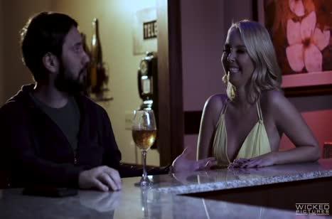 Скриншот для Порно видео на телефон с милыми блондинками №4275 3