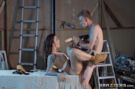 Скриншот для Девка с большими дойками отлично покаталась на члене №4710 3
