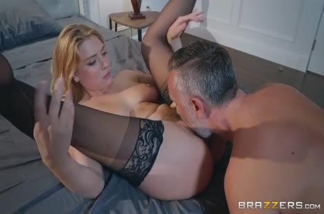 Скриншот для Бабенка завела чела своими дойками на мощный секс №4900 3
