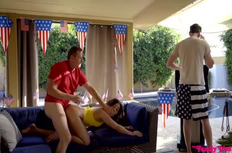 Скриншот для Скачать групповое порно с безудержными телками №3183 3