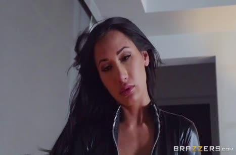 Скриншот для Порно видео с девушками в латексе №2313 на телефон 1