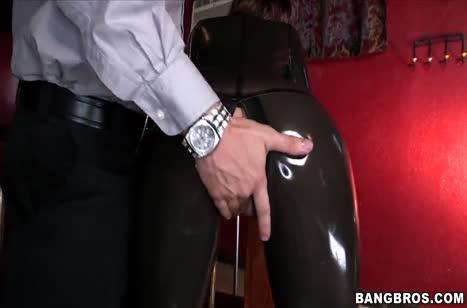 Скриншот для Отличное порно с аппетитной чиксой в латексе №4693 4