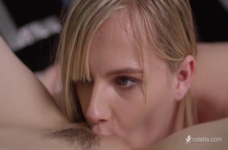 Скриншот для Порно на телефон с миленькими лесбиянками №2022 бесплатно 4