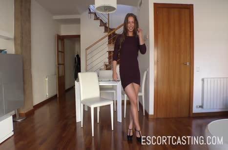 Скриншот для Парень с красивой девушкой решают поснимать порно №3673 3