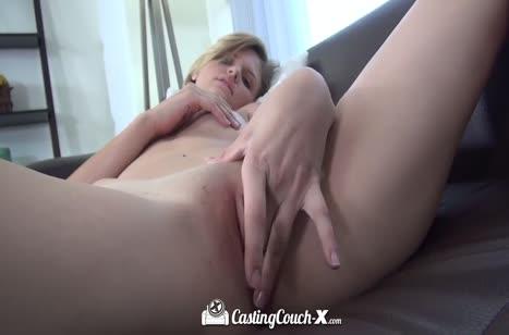 Скриншот для Симпатичные телочки соглашаются поснимать секс №4117 5