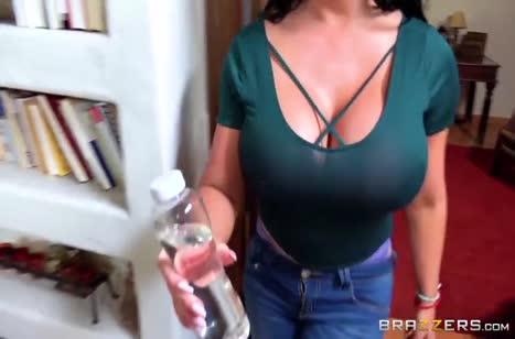 Скриншот для Горячий секс во время массажа понравился девушке №2056 1