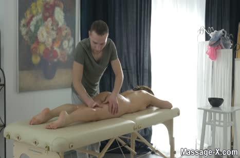 Скриншот для Развратное порно прямо на сеансе массажа №2057 1