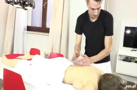 Скачать порно видео с телочками в массажном кабинете №2776