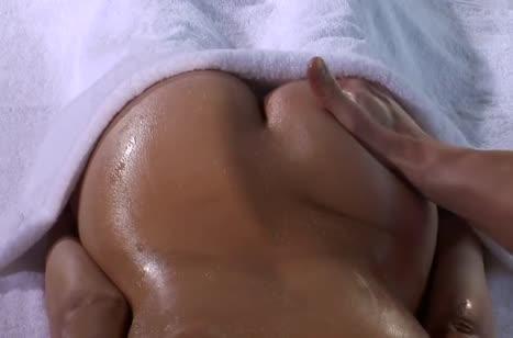 Скриншот для Пошлый секс с массажистом в разных позах на кушетке №2778 3