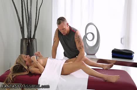 Скриншот для Скачать порно видео с телочками в массажном кабинете №3699 4