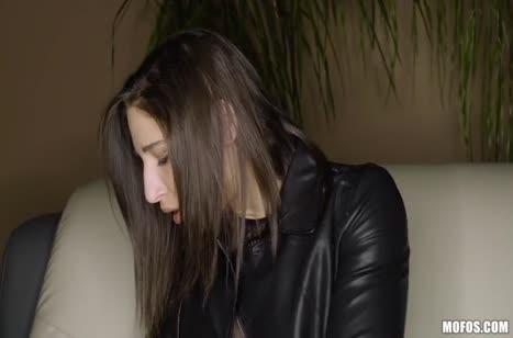 Скриншот для Парочка снимает свое домашнее порно на камеру №2063 1