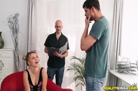 Бабенка вместо кастинга попала на пробы в порнуху №753