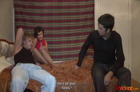 Азартные русские парни с девушками тоже рвутся в порнуху №2734