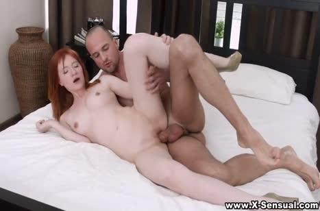 Скриншот для Поц глубоко вдул сексуальной рыжей подружке №1192 4
