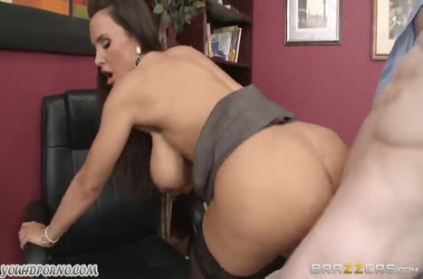 Скриншот для Горячий секс с красивой фигуристой телочкой №2448 4